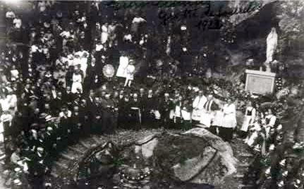 Inauguration de la grotte de Lourdes à Mittlach